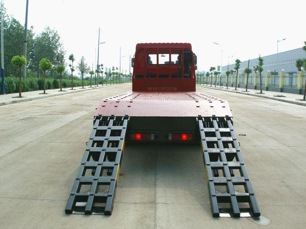 玉柴290马力东风平板运输车高清全方位图