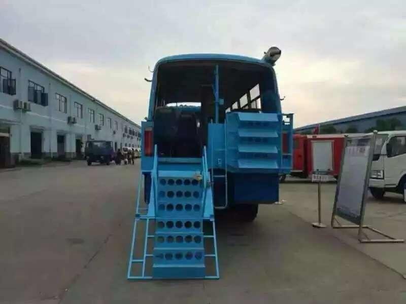 程力推出水陆两用车(水上和陆上自由使用)