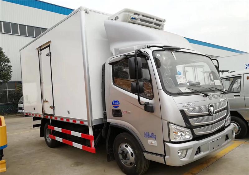 福田欧马可S3冷藏车4.1米多方位图片一