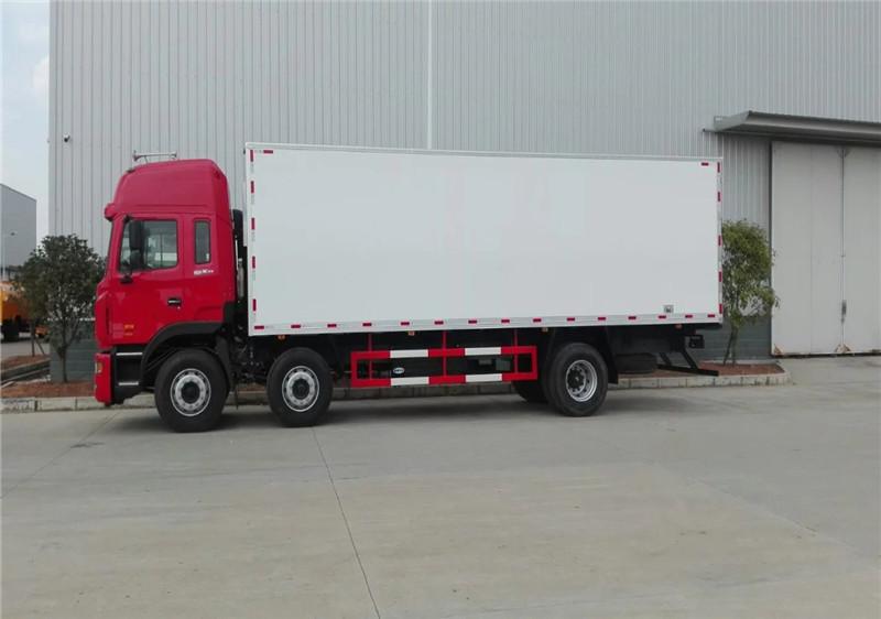 江淮格尔发小三轴(9.4米)冷藏车多方位图片二