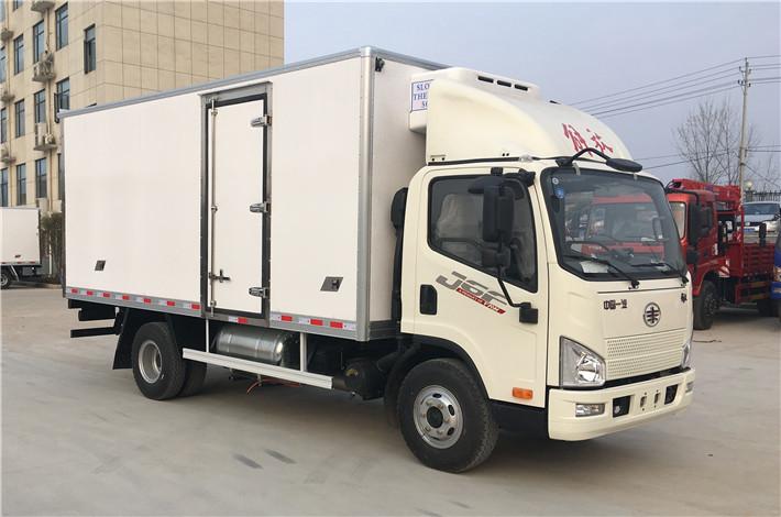 解放虎VH 5.2米冷藏车多方位图片二