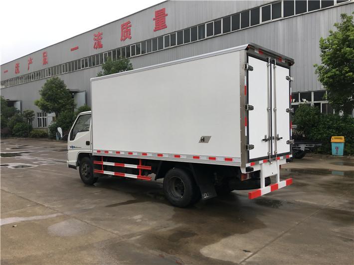 国五江铃厢长4.2米冷藏车多方位图片五