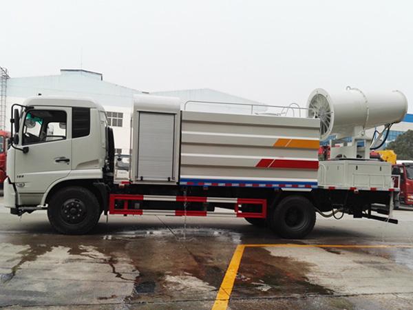 东风天锦雾炮车、多功能抑尘洒水车(12吨)多方位图片二