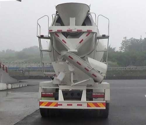 后双桥混凝土搅拌运输车多方位图片三