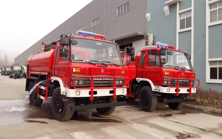 东风平头消防洒水车8吨